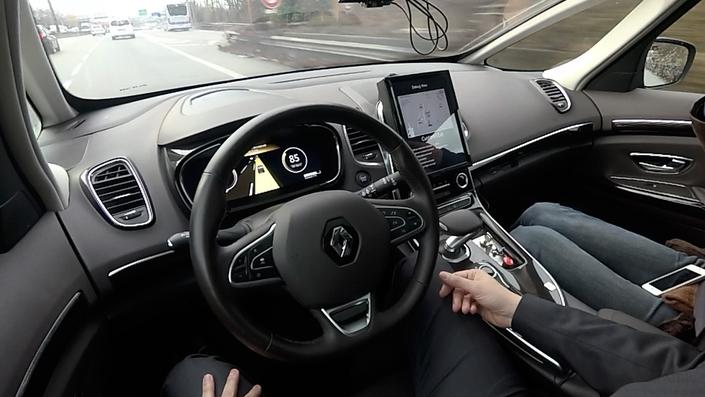 """Renault proposera une voiture """"sans les yeux, sans les mains"""" en 2020"""