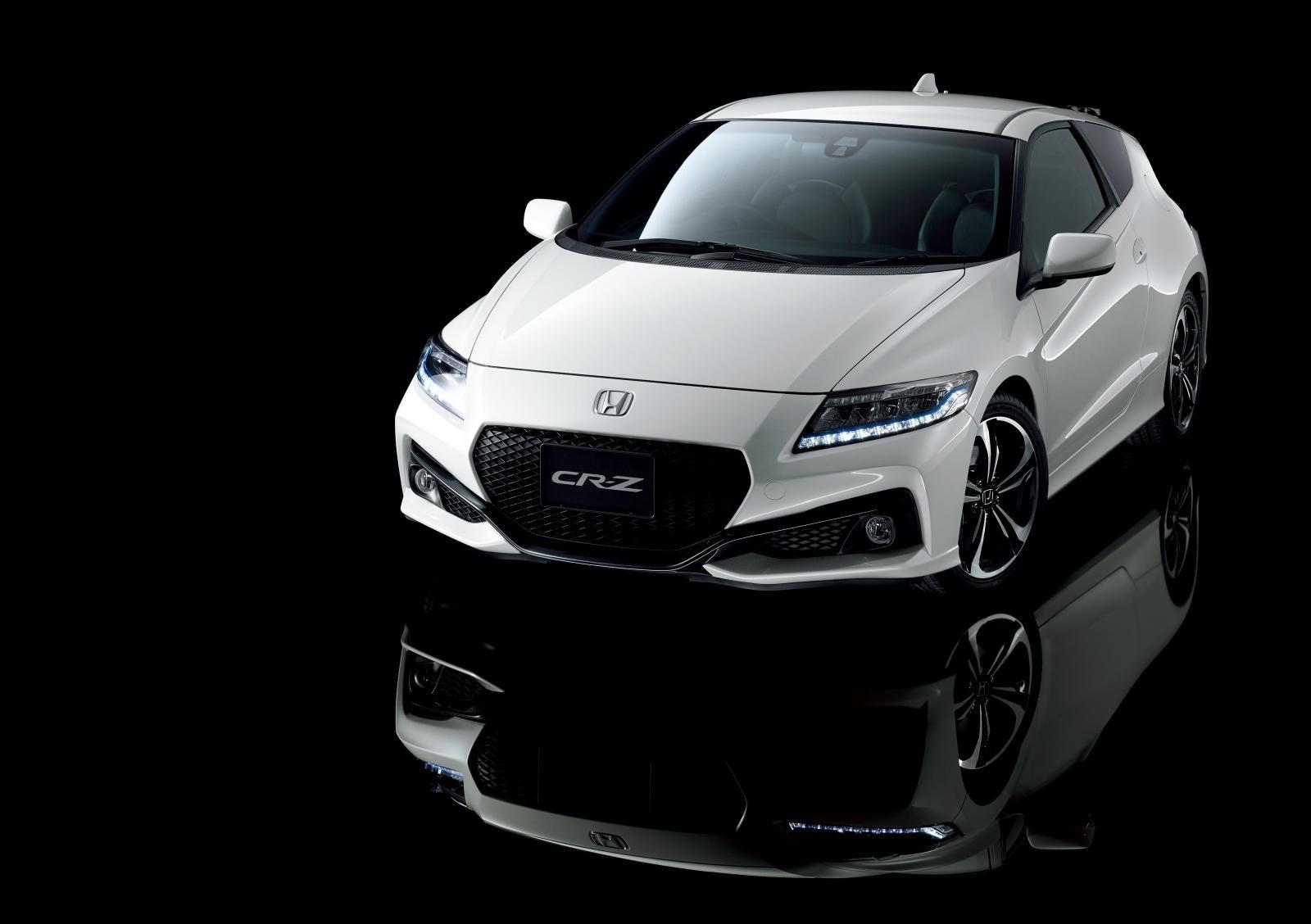 [Image: S0-Honda-officialise-le-restylage-du-CR-Z-360064.jpg]