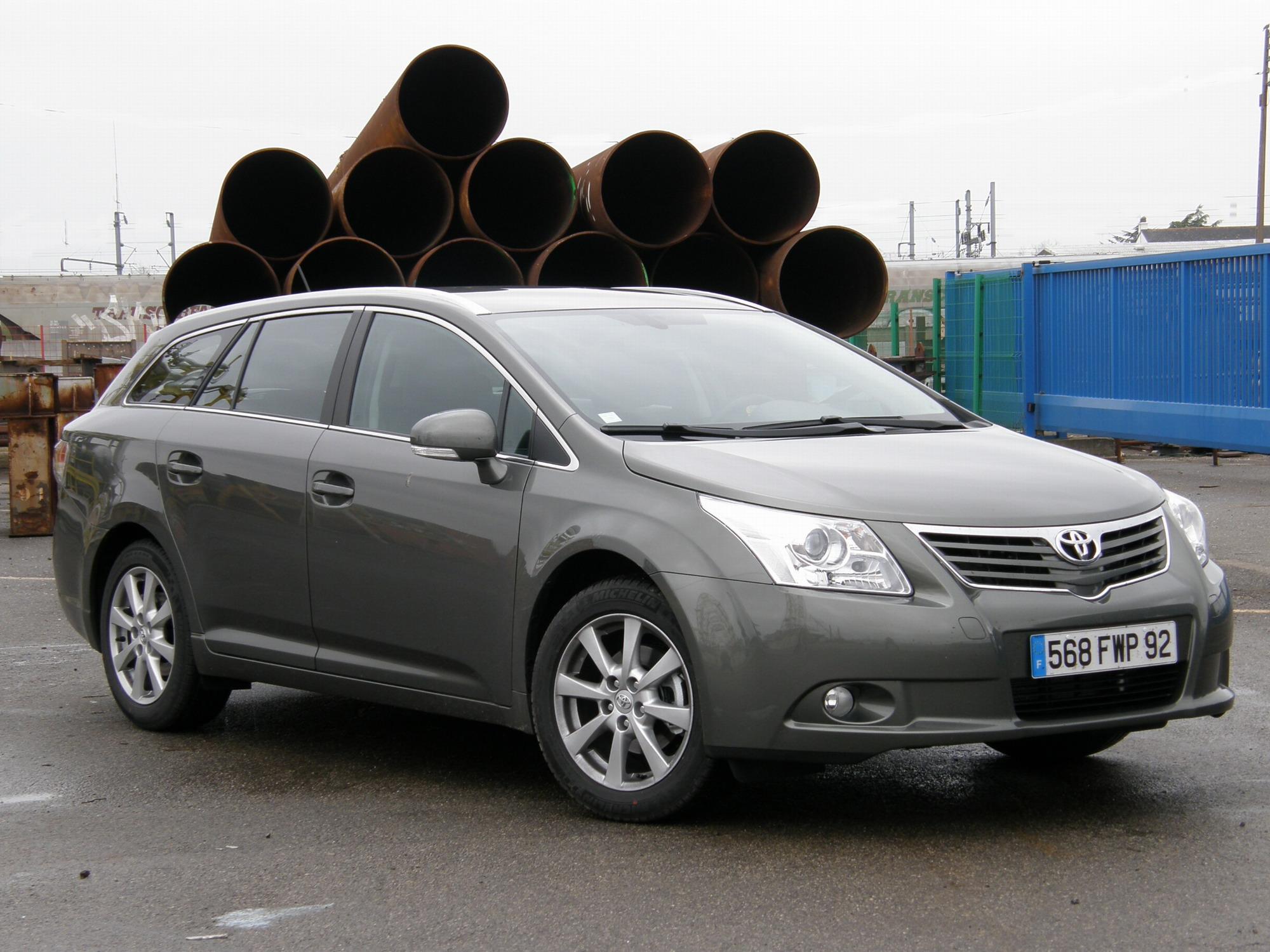 Отзывы владельцев Toyota Avensis (Тойота Авенсис) с ФОТО
