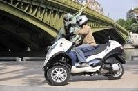 Essai Piaggio MP3 LT 300 cm3 ie Hybride : une motorisation plus réaliste