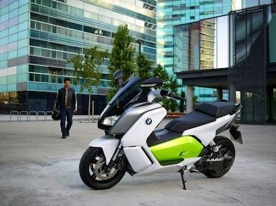 BMW Motorrad: le C Evolution au Salon 1.618