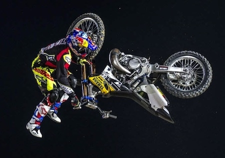 Red Bull X-Fighters World Tour 2015: Clinton Moore empoche le titre
