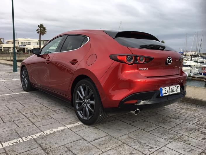 Mazda 3 2019 - Les premières images de l'essai en direct + Premières impressions