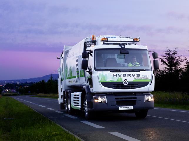 Renault Trucks va tester une benne à ordures ménagères hybride