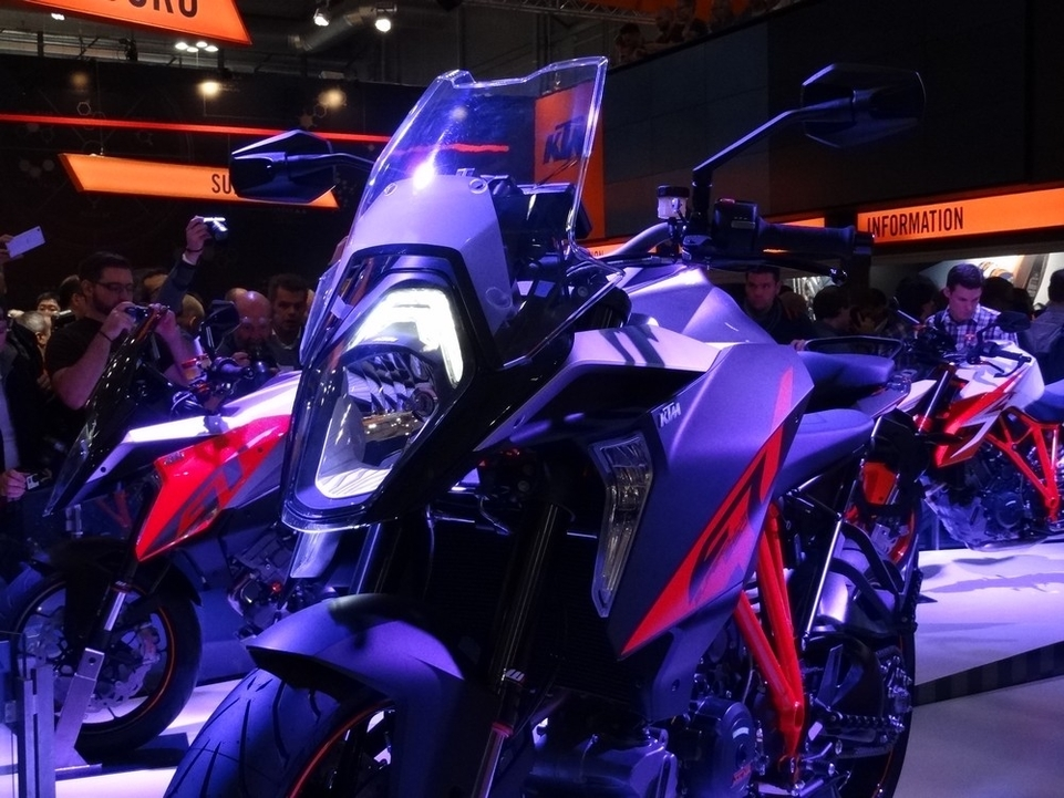 En direct du salon de Milan 2015 : KTM 1290 Super Duke GT