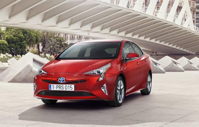 Salon de Francfort 2015 - Toyota Prius 4 : comme un air de Mirai