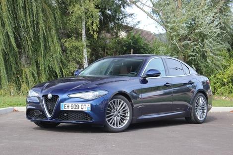 Alfa Romeo Giulia - Elle m'a séduit surtout pour son dynamisme et ses performances. Le rapport prix/prestations/équipement est aussi intéressant.