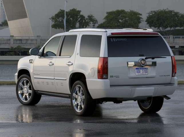L'Escalade hybride 2009 ? Moins gourmand en carburant
