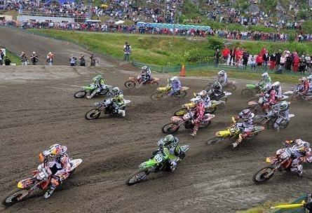 Motocross mondial :  Suède, Steven Frossard gagne la 1ère manche et Ken Roczen est le grand perdant
