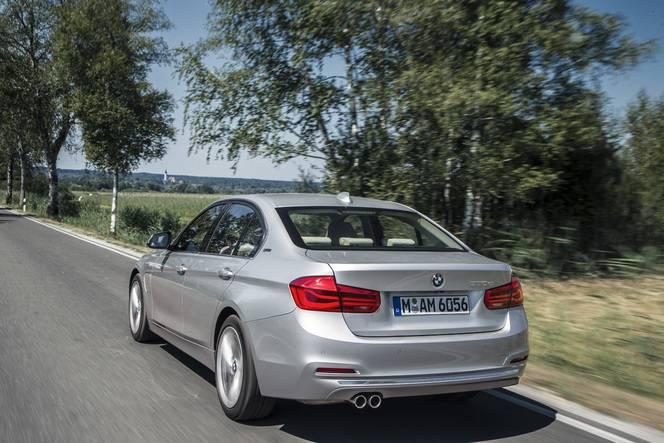 Salon de Francfort 2015 - BMW 330e : puissante et frugale