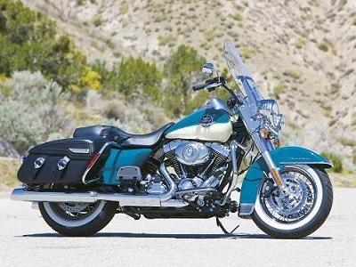 """Nouveauté 2009 - Harley Davidson: Des """"Touring"""" sérieusement revus malgré les apparences"""