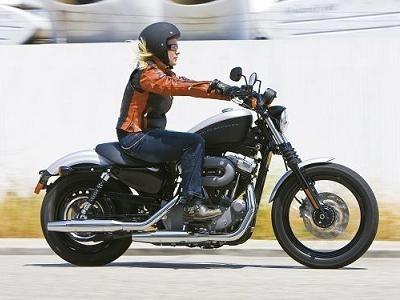 """Nouveauté 2009 - Harley Davidson: Nouvelle suspension chez les """"Sportster"""""""