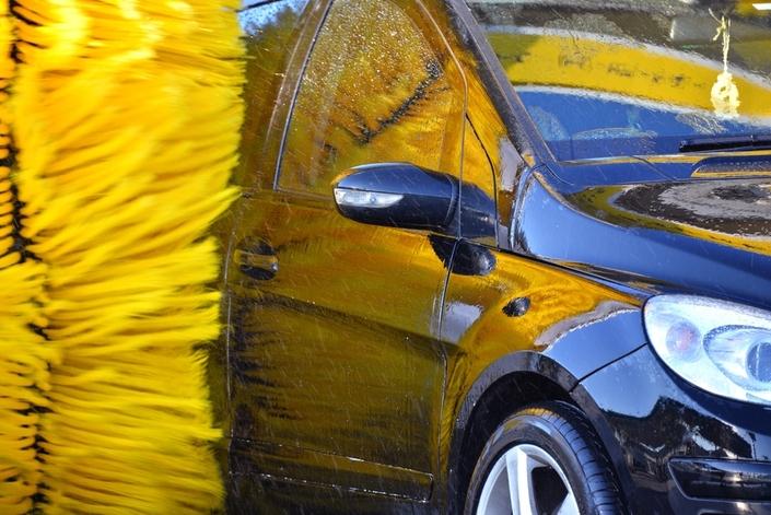 Station de lavage auto : gagner du temps en nettoyant régulièrement son véhicule