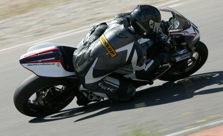 La « dère » de la saison 2009, le vieux jeune pilote revient sur son week-end à Nogaro.