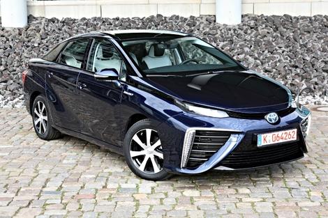 La Toyota Mirai, premier véhicule de série fonctionnant à l'hydrogène.