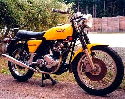 Norton Commando : 1967-1977