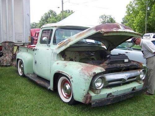 Votre pick-up est poussif? Greffez-lui un V10 !