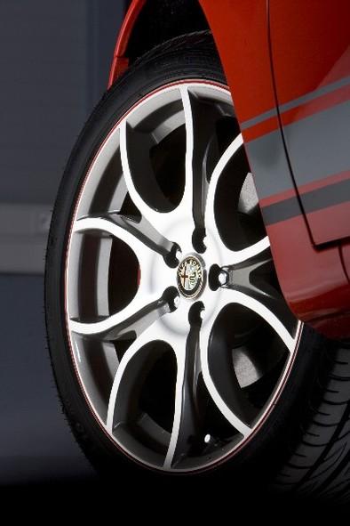 Alfa Romeo 147 Ducati Corse: encore quelques exemplaires pour la France...