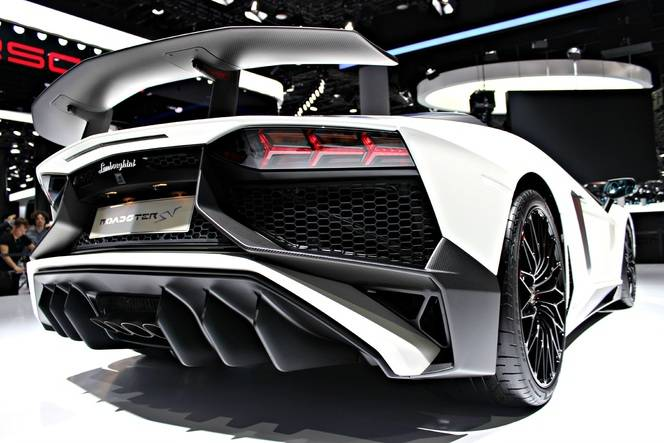 Lamborghini Aventador SuperVeloce Roadster : défrisante - En direct du Salon de Francfort 2015