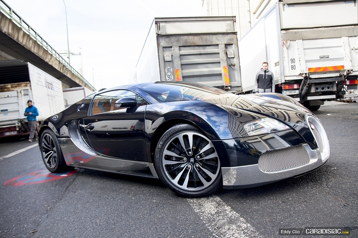 photos du jour bugatti veyron soleil de nuit r tromobile. Black Bedroom Furniture Sets. Home Design Ideas