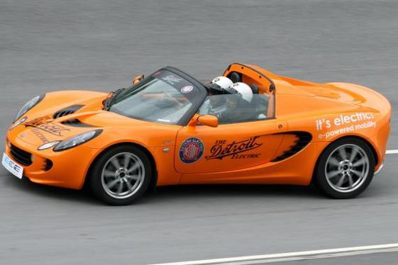 La Lotus Elise électrique testée en Malaisie