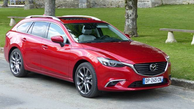 essai vid o mazda 6 2015 subtiles retouches et enfin 4x4. Black Bedroom Furniture Sets. Home Design Ideas