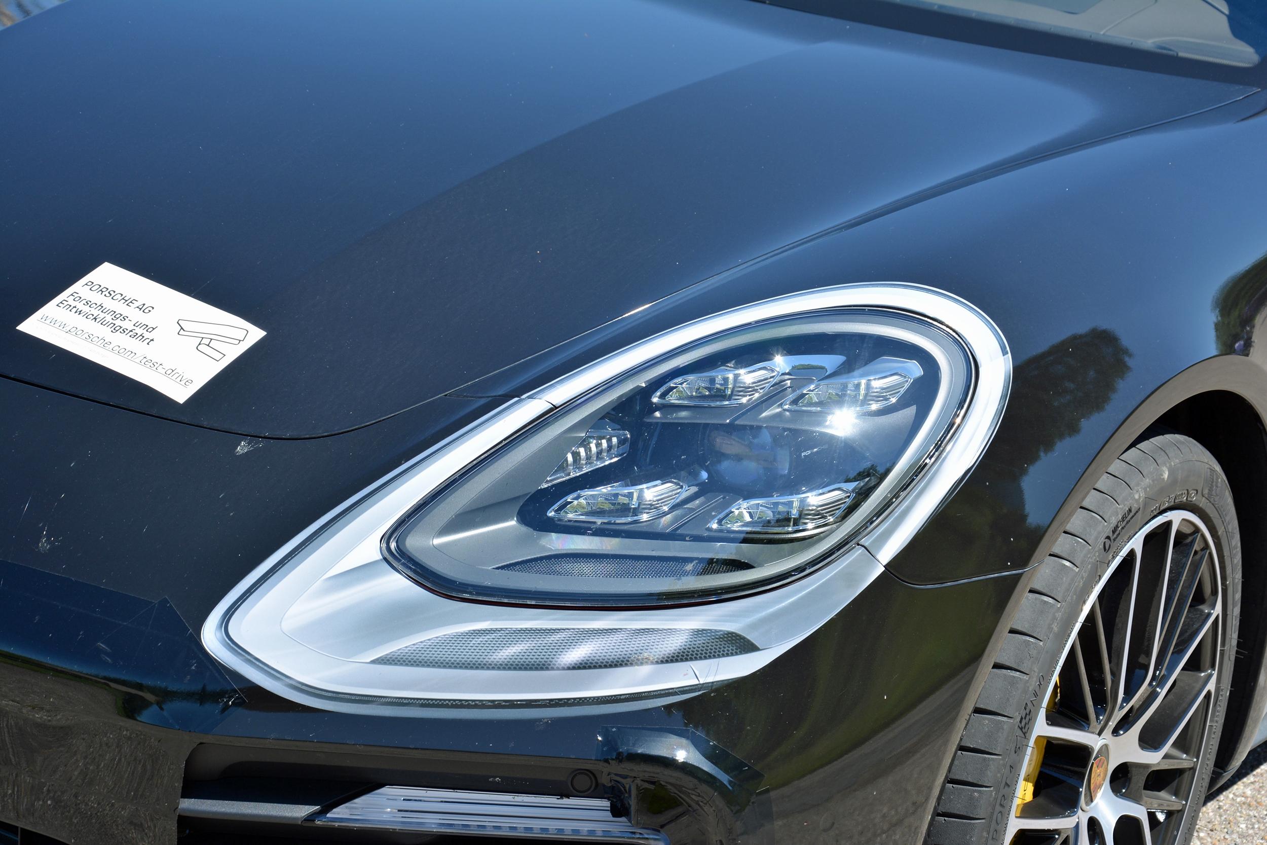 Prise En Mains Porsche Panamera Restylee 2020 Evolution A L Exterieur Revolution Sous Le Capot