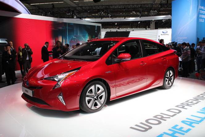 Toyota Prius 4 : clivante - Vidéo en direct du salon de Francfort 2015