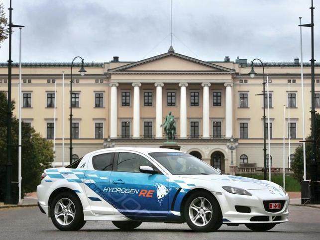 Une auto à l'hydrogène débarque en Europe : la Mazda RX-8 Hydrogen RE
