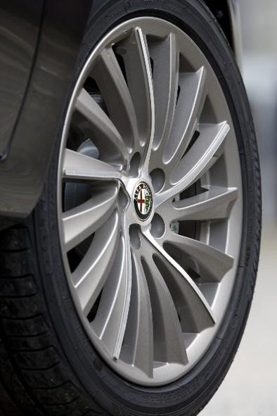 Présentation: Alfa Romeo 147 Persol