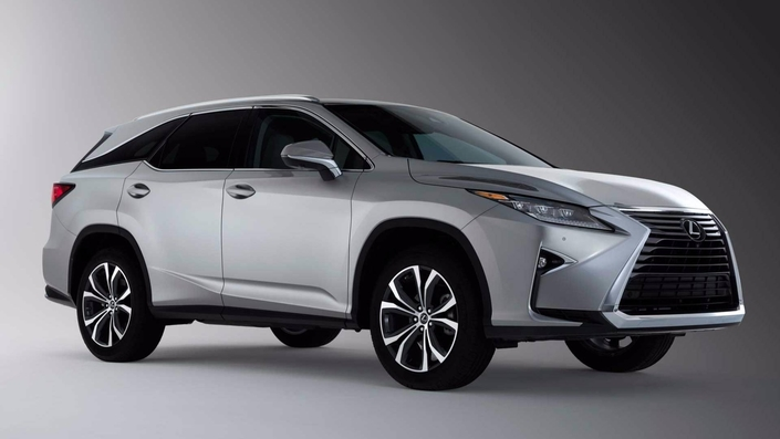 Salon de Los Angeles : le Lexus RX450h gagne deux places