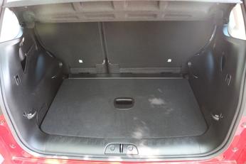 Le coffre (455 litres au minimum) figure parmi les meilleurs du marché.