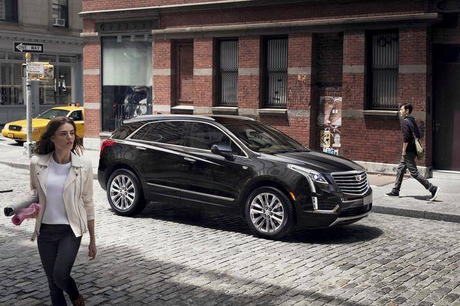 Cadillac officialise le XT5