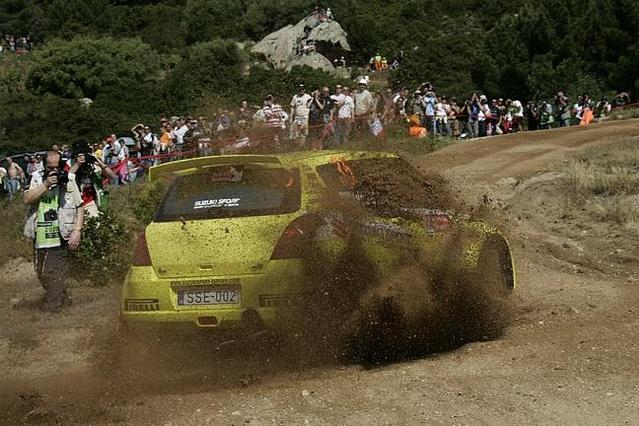 WRC Sardaigne Jour 2 : les Ford dans le rétro de Loeb