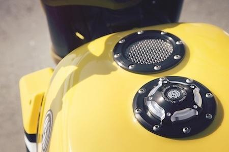 """Yamaha Faster Sons: Roland Sands signe la """"Faster Wasp"""" (vidéo)"""