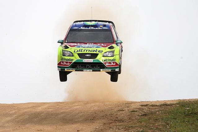 WRC Sardaigne : Loeb, le bambou