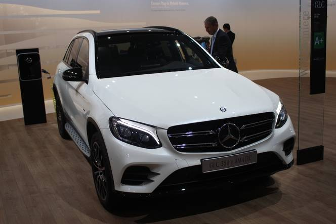 Mercedes GLC : a star is born - Vidéo en direct de Francfort