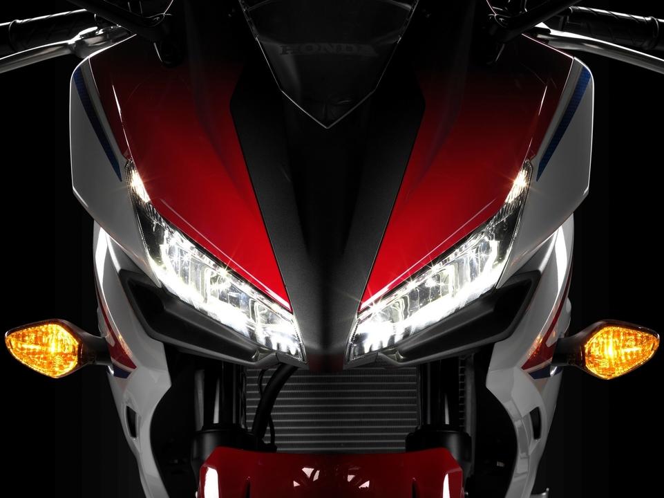 En direct du salon de Milan 2015 : Honda CBR 500 R