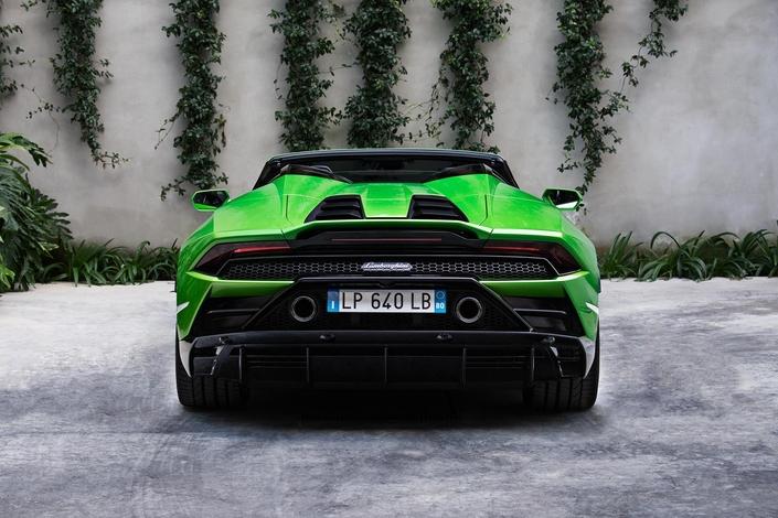 Lamborghini dévoile l'Huracán Evo Spyder
