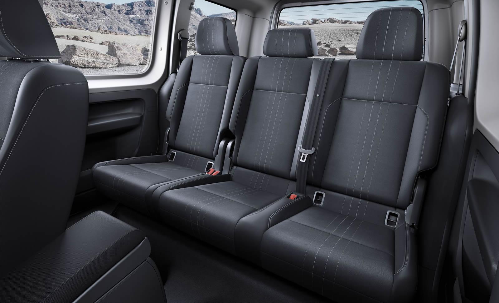 salon de francfort 2015 volkswagen caddy alltrack un van tout chemin. Black Bedroom Furniture Sets. Home Design Ideas