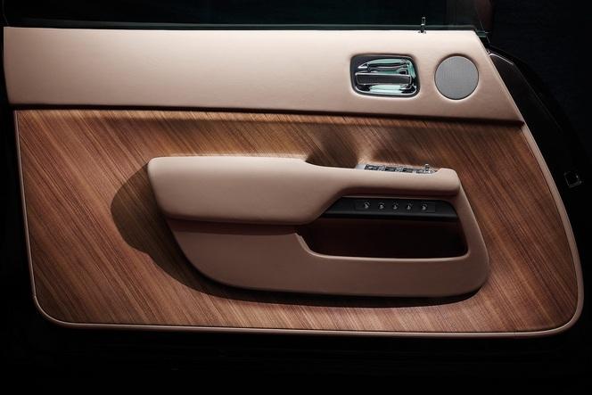 Genève 2013 : Rolls Royce Wraith, la porte et la montre