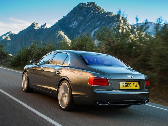 Genève 2013 : la Bentley Continental Flying Spur en fuite