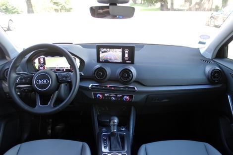 Style plus classique mais une meilleure ergonomie chez Audi.