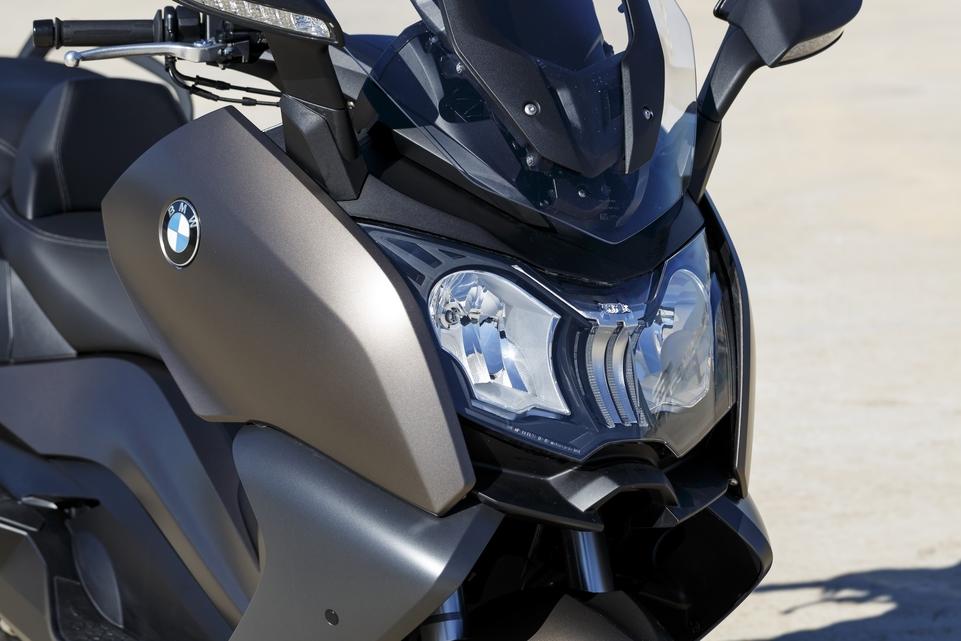 Essai BMW C 650 GT 2016 : largeur et largesses