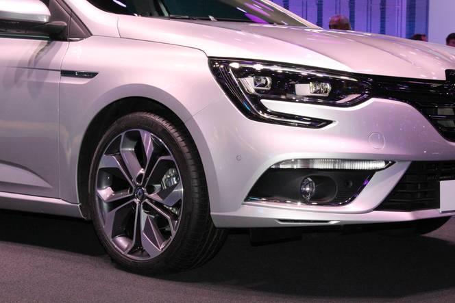Renault Mégane 4: conquérante - Vidéo en direct du salon de Francfort