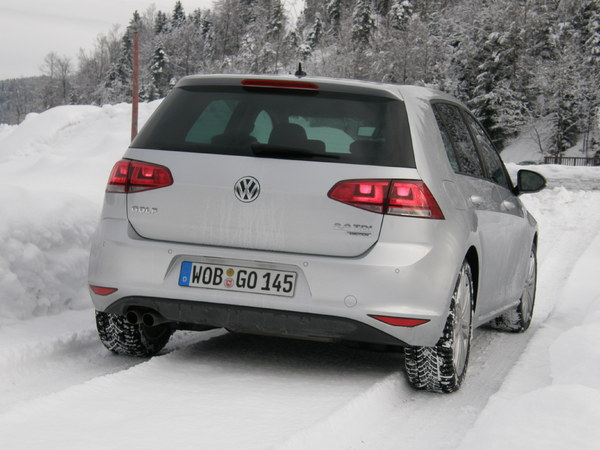 essai volkswagen golf 4motion holiday on ice. Black Bedroom Furniture Sets. Home Design Ideas