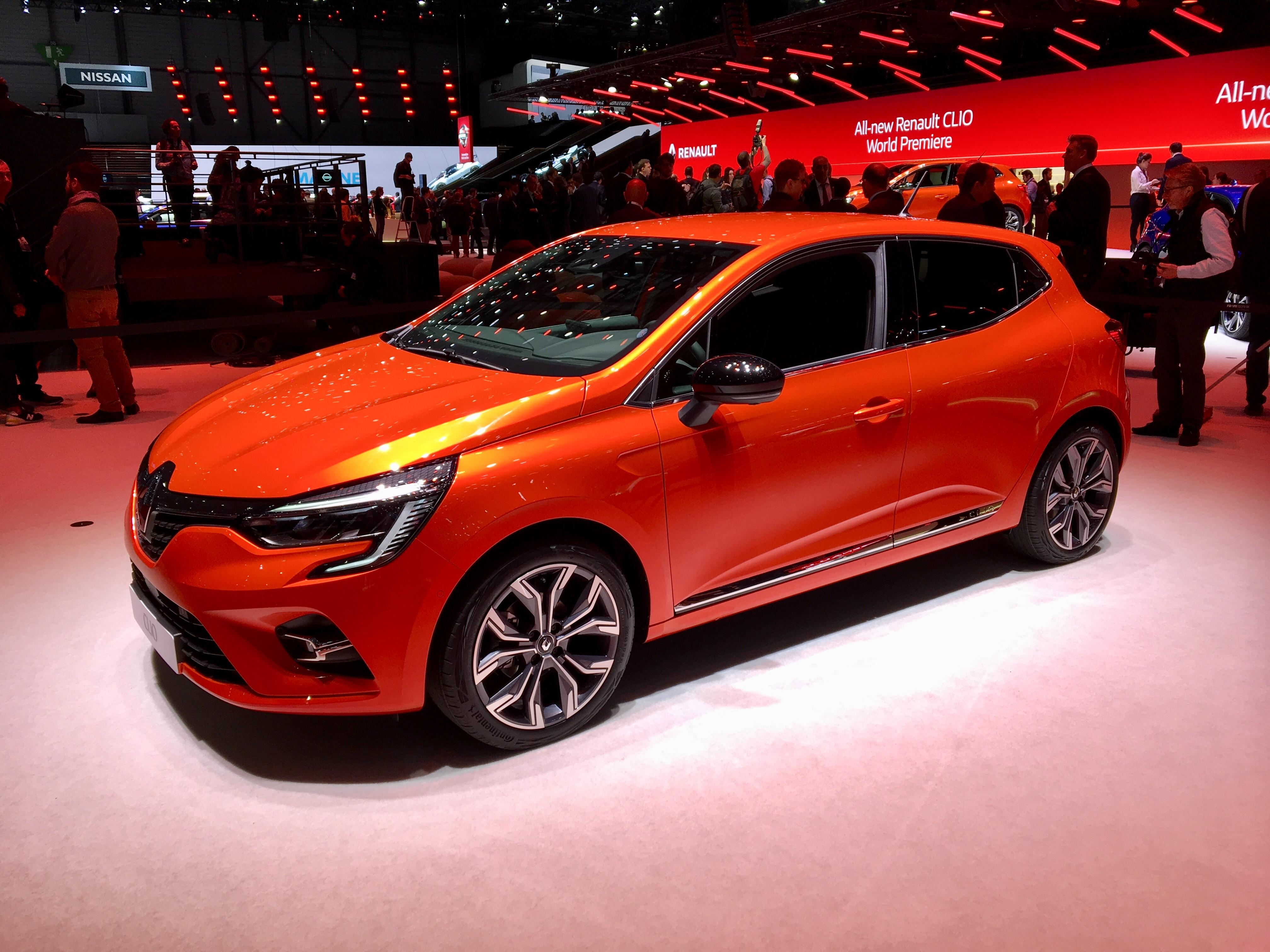 Renault Clio V La Nouvelle Star Vid 233 O En Direct Du
