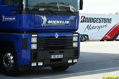 Moto GP - République Tchèque: Michelin et Bridgestone adopteront des démarches différentes face au même problème