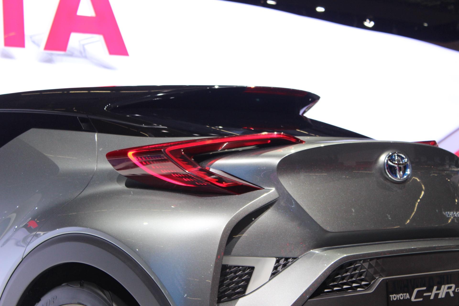 [Image: S0-Toyota-C-HR2-Concept-bientot-sur-les-...362102.jpg]