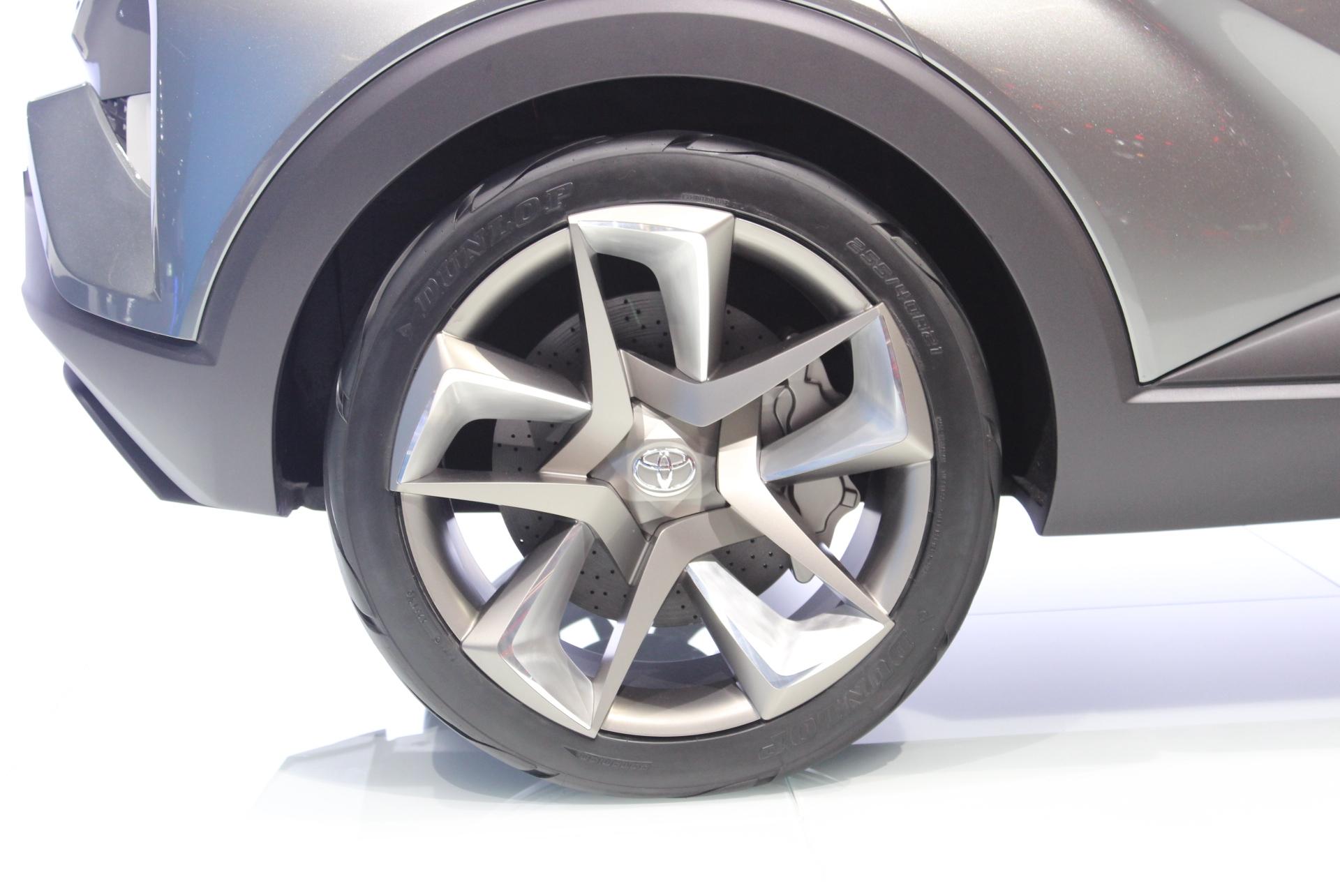 [Image: S0-Toyota-C-HR2-Concept-bientot-sur-les-...362105.jpg]